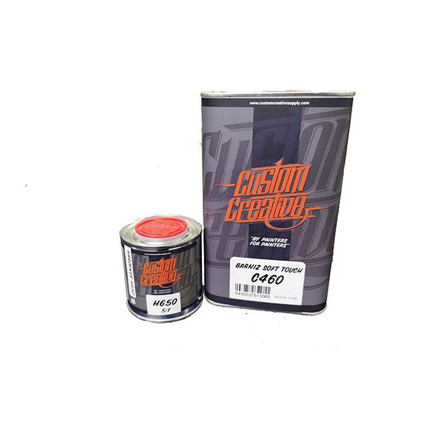 kit barniz soft touch 460 de 1 litro y catalizador 650 de 0,5 litros para conseguir efecto terciopelo en el pintado de coches